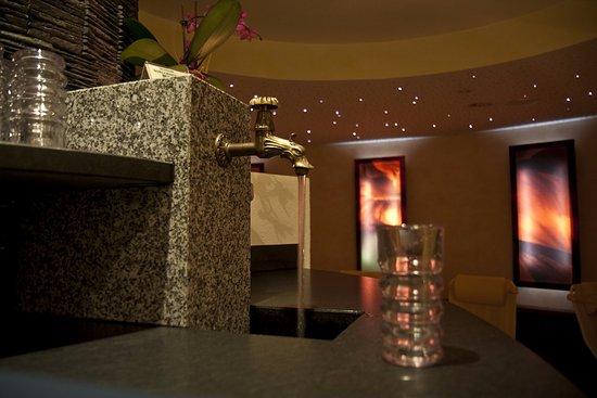 Hotel Garni Angela: Sauna-Bar