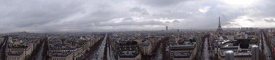Heerlen, Nederland: Uitzicht op de Arc de Triomphe.