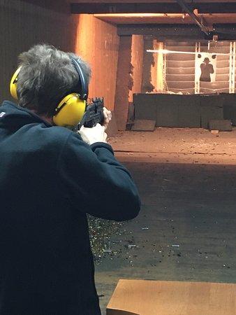 Krakow Shooting Range: Uzi shooting