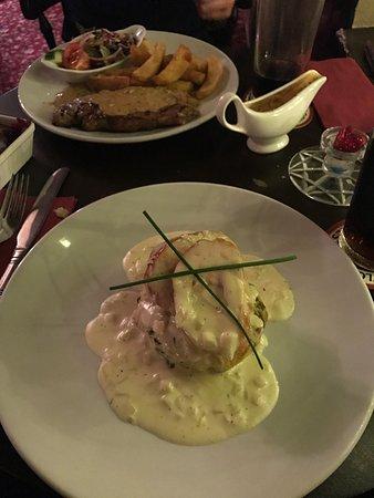 the old silent inn: Chicken Ballantine and sirloin steak with peppercorn sauce