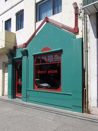 Exterior-Dino's Pizza