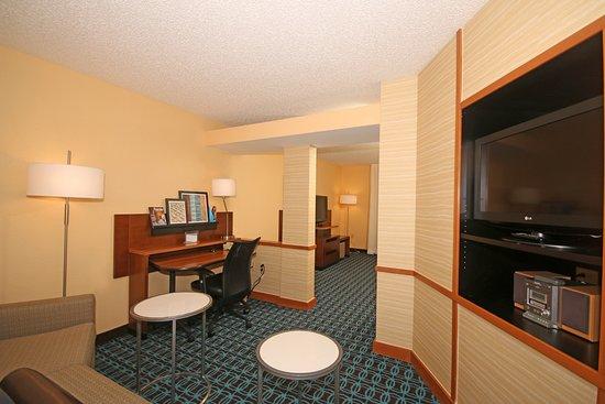 Aiken, SC: Our suites living area