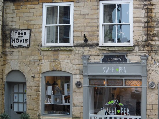 Sturminster Newton, UK: Quaint tea room / cafe / restaurant .