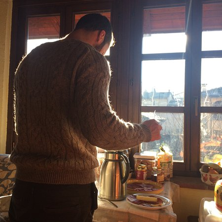 Boves, Ιταλία: Colazione in atmosfera magica