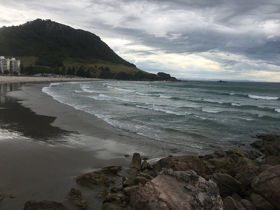 Mount Maunganui, New Zealand: Surfing beach