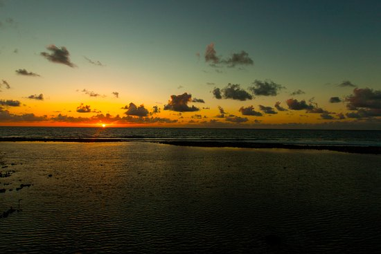 Glovers Reef Atoll, Belize: Sunrise view from the house we stayed in