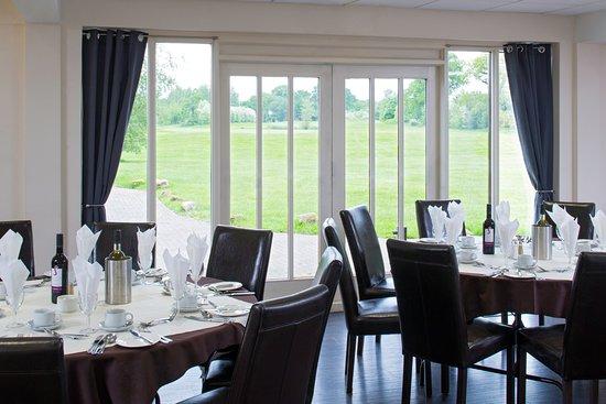 Coventry, UK: Dining at Stonebridge.