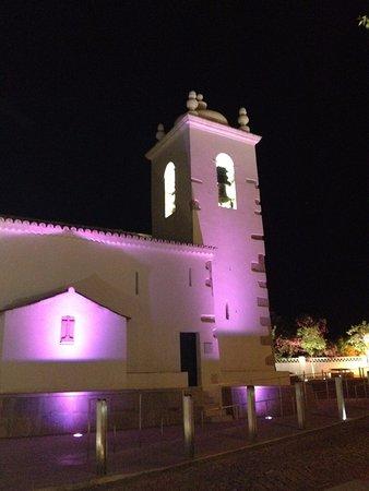 Portugal central, Portugal: Igreja Matriz de Toure - Loulé - Algarve, zona histórica à noite.