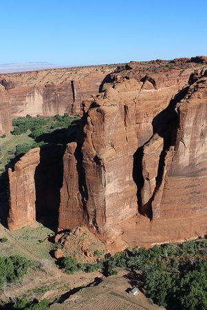 Canyon de Chelly National Monument: View from Sliding House Overlook