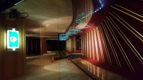 Hotel Nadia: 20161216_081706_large.jpg