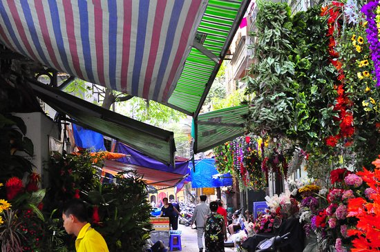 Hang Bac Street