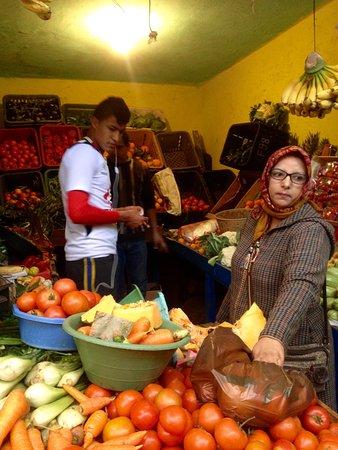 M'riste Jouhar: Fatima au marché
