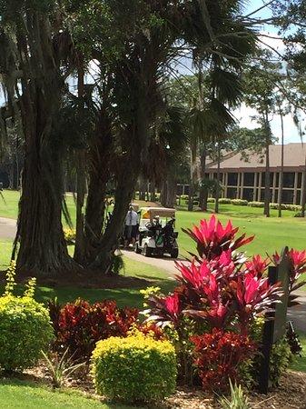 Eagle Ridge Golf Club: Waiting for tee time
