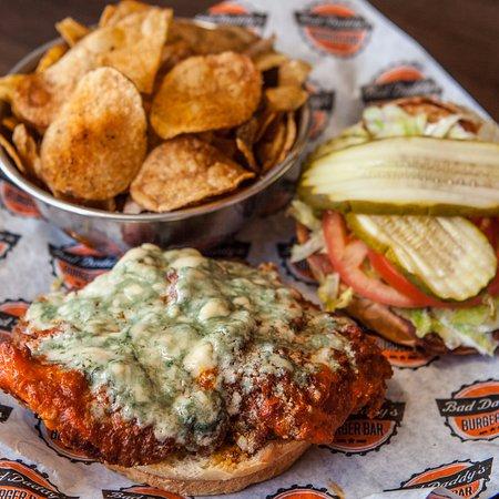 บรูมฟีลด์, โคโลราโด: Buffalo Chicken Sandwich