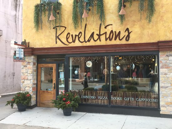 Revelations Café in Fairfield, Iowa. Espresso, pizza, books, gifts, panini and more!