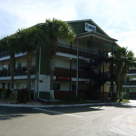 Sunstyle Suites: Our Front Building