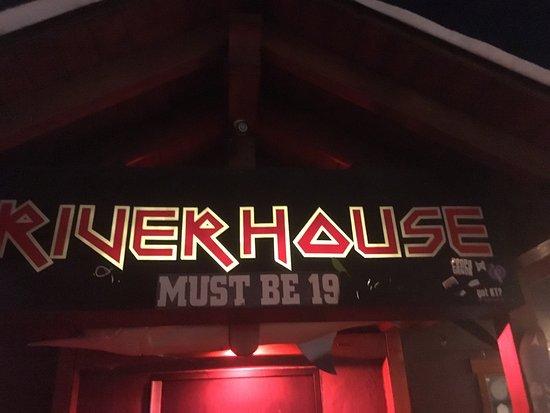 Riverhouse tavern: photo0.jpg
