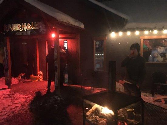 Riverhouse tavern: photo3.jpg