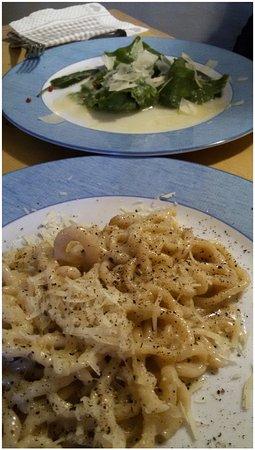 Castelmuzio, Italia: primi piatti