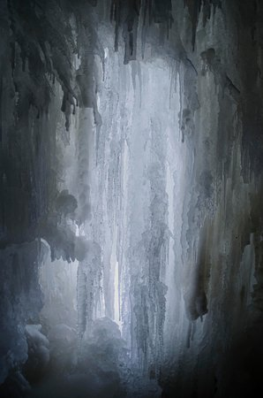 ‪‪Harju County‬, إستونيا: frozen waterfalls - inside ‬