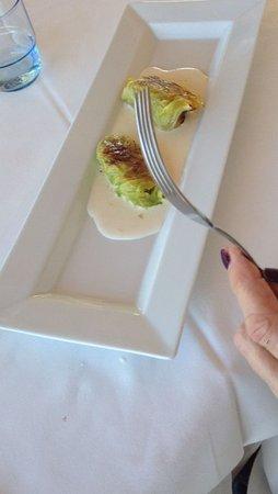 Castagnole Lanze, Italia: antipasto di involtini di cavolo