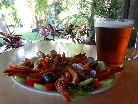 Xochitepec, México: Excelente Comida acompañada de una cerveza de Barril