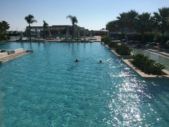 Avra Imperial Hotel Beach Resort Spa