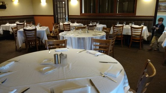 Lutherville, MD: Main dining room