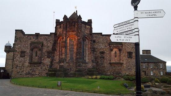 Edinburgh Castle: War Memorial