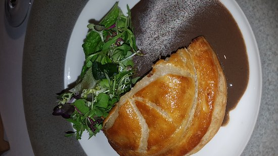 Alain Ducasse at The Dorchester: soggy pastry
