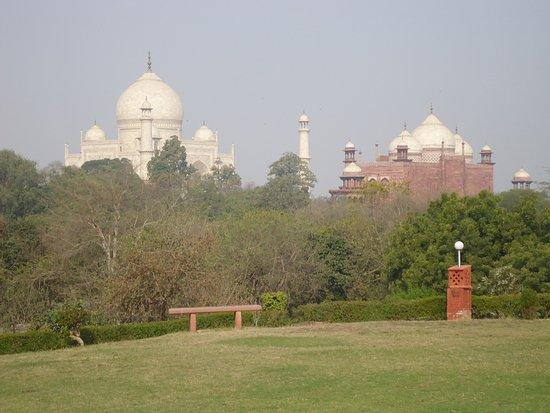 Hotel Taj Khema Resmi