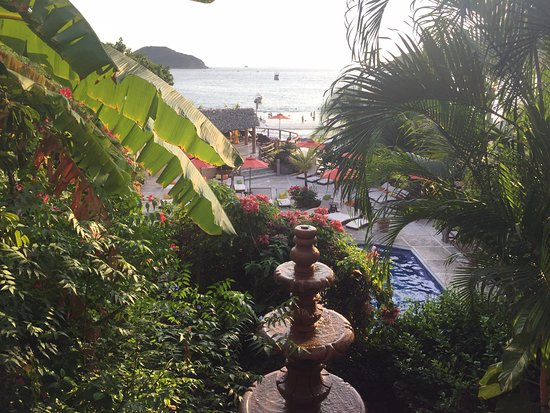 Aura del Mar Hotel: View from shared terrace of the Zihuatlan Suite