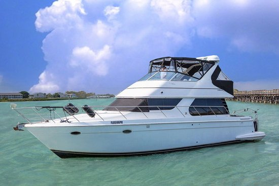 Englewood, FL: 45 foot Carver Voyager in Boca Grande, FL