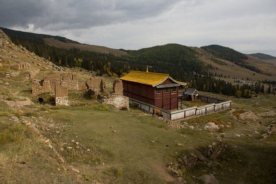 Manzshir Monastery