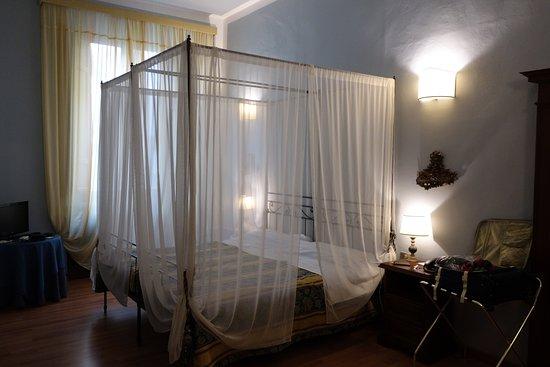 Palazzo dal Borgo Hotel Aprile: Camera Superior n°9