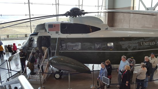 Simi Valley, CA: Marine One