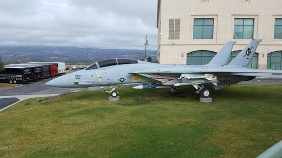 Simi Valley, CA: F-14 Jet