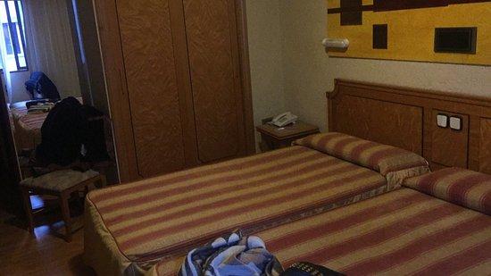 Hotel El Principe: photo1.jpg