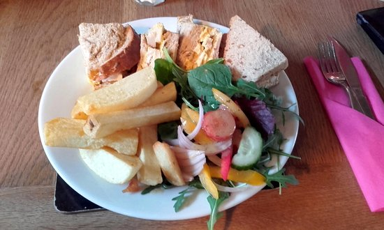 Turvey, UK: Coronation Chicken Sandwich at The Three Cranes (16/Jan/17).