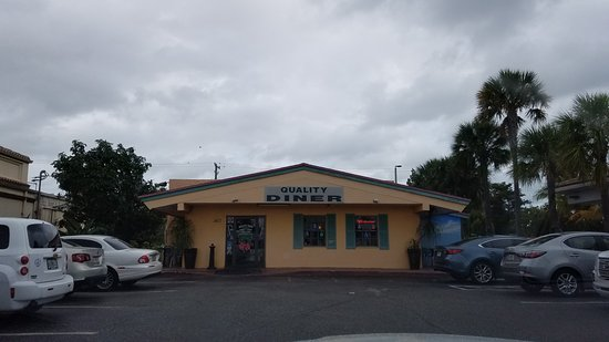 Wilton Manors, FL: the diner