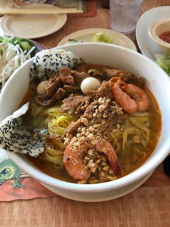 Lawndale, CA: Saigon Dish