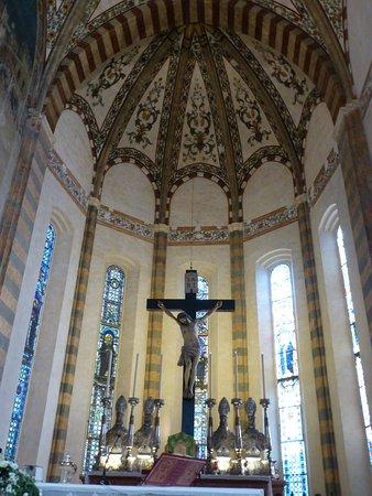 Chiesa di Sant'Anastasia: Alter