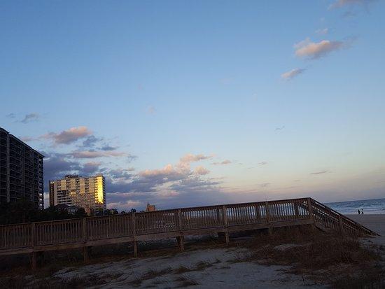 Dunes Village Resort: 20170105_170553_large.jpg