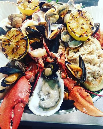 Newent, UK: Seafood platter for two