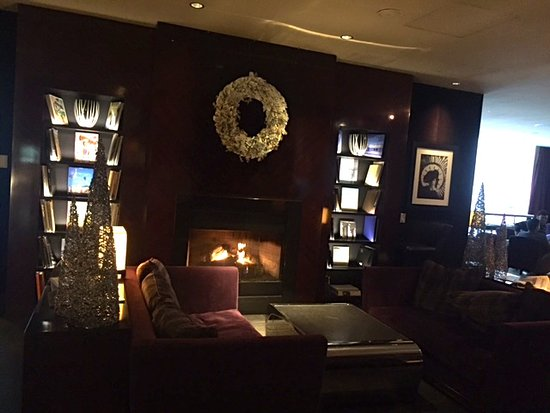 Fireplace at the Le Bar Chicago at Sofitel - Picture of Le Bar ...