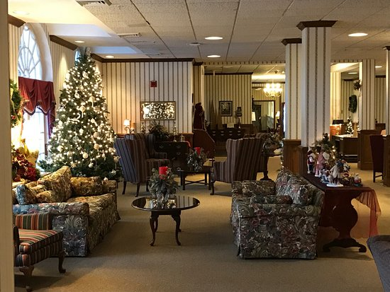 Lake Junaluska, Carolina del Norte: One of the rooms in the lobby area