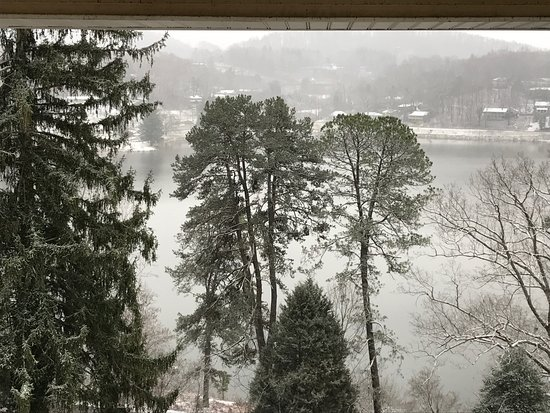 Lake Junaluska, Carolina del Norte: View of lake from room
