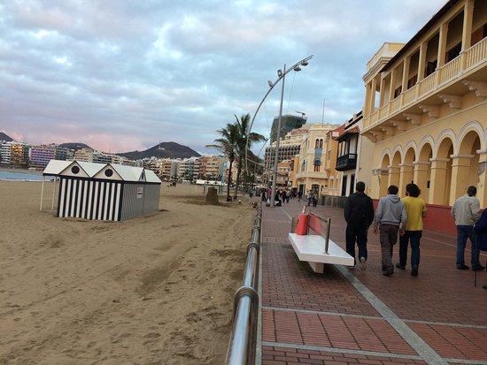 Playa de Las Canteras: photo5.jpg