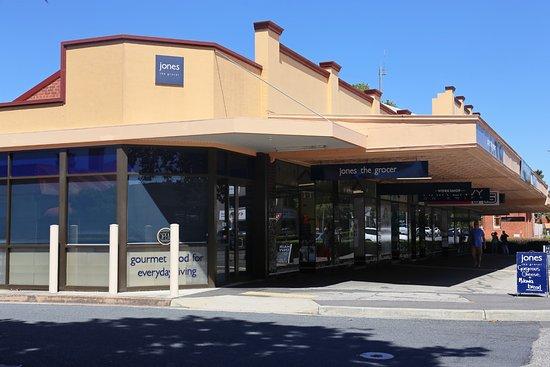 Albury, Australia: Jones the Grocer corner location