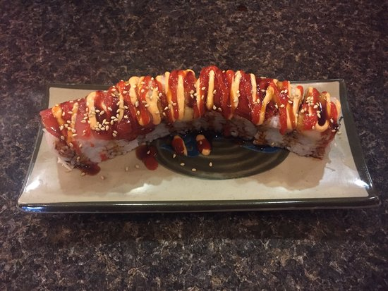 Logan, UT: Fuji roll is spicy and delicious!